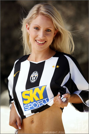 JuveHome04-05